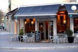 Vittorio Bar Café