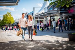 Junction 32 Outlet Shopping Village