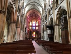 Cathedrale Saint-Cyr-et-Sainte-Julitte