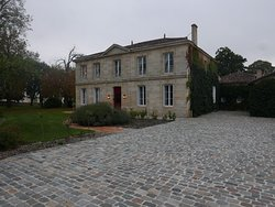 Lovely chateau in Saint Estephe