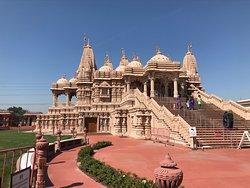 斯瓦米納拉揚神廟