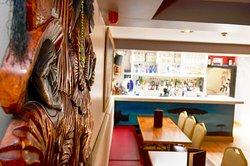 Savannah Lounge