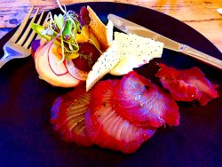 the gin and beetroot cured kingfish entree.