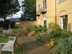 Garden @ Lambuth Inn