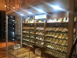 You & Me Cigars Lounge