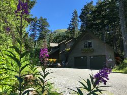 Hidden Creek Bed and Breakfast