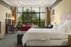 伊博姆艾美飯店及高爾夫渡假村