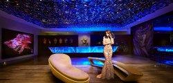 Hotel Lobby (285424236)