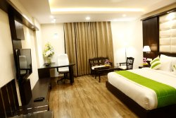 Club Room with King Size Bed