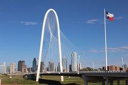 Ronald Kirk pedestrian bridge