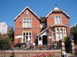 Courtenay House