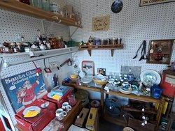 The Speckled Hen Antique & Flea Market