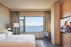 Hyatt Regency Lake Washington at Seattle's Southport