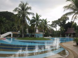 Der riesige Pool (1)
