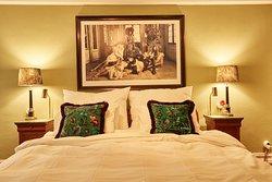 MJ's Hotel