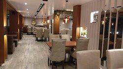 Osm Restro & Lounge