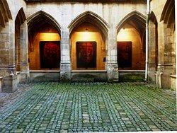 比耶特隐修院