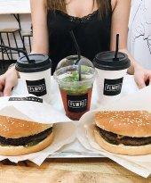 Flwrs Cafe