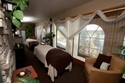 Rhapsody Spa on Lake Delton