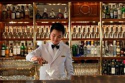 Captain's Bar - Mandarin Oriental, Hong Kong