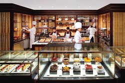 The Mandarin Cake Shop - Mandarin Oriental, Hong Kong