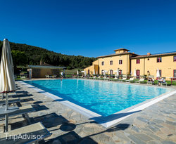 The Pool at the Hotel Casolare le Terre Rosse