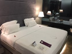 Great Location, Spotless Hotel, Friendly staff.
