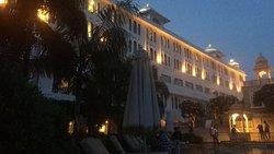 Perfect palace kinda resort.