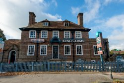 King's Arms Stonehouse Pizza & Carvery