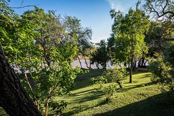 River Chalets & Cottage Grounds
