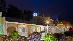 Best Western Rivertown Inn & Suites
