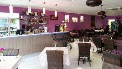 Thai-Noi Restaurant
