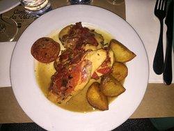 Amazing service deliciously prepared chicken