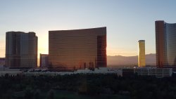 Lovely hotel right off the strip !