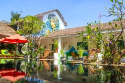Green Leaf Boutique Hotel & Luxury Retreat Center