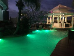 Absolutely fabulous hotel with amazing rooftop pool/bar