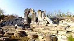 Old Summer Palace (Yuanmingyuan)