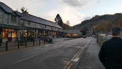 Stayed in the deluxe lodge with Groupon deal 3 nights £159 including buffet breakfast, highly re