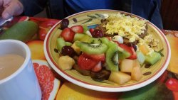 Scrambed Eggs on French Toast with Fruit