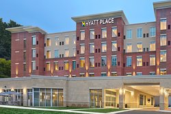 Hyatt Place Chapel Hill / Southern Village