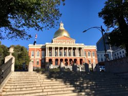‪Massachusetts State House‬