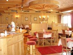Restaurant Tyrol Cafe