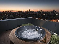 Roof top spa