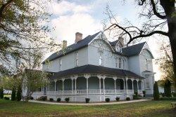 Falcon Rest Mansion & Gardens