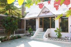 Courtyard Restaurant & Cafe