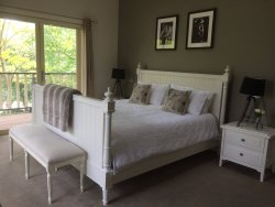 Emerald Ridge Bed & Breakfast