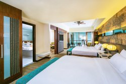 Premiere Suite (Bedroom)