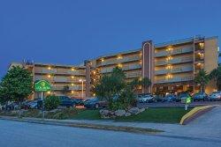 La Quinta Inn & Suites Cocoa Beach Oceanfront