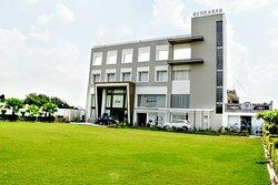 Rudraksh Hotel & Resort