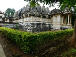 Kumbhariya Jain Temples